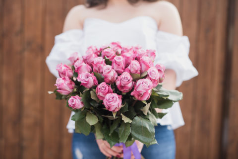Jasná zpráva: Pugeto dělá krásné kytice růží
