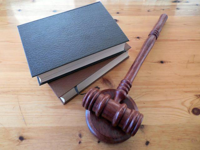 Dle čeho vybrat advokátní kancelář?