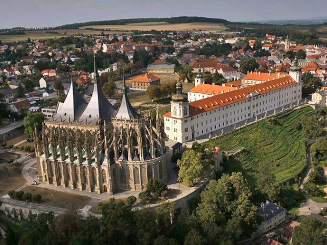 """Hory Kutny – """"stříbrné město"""" Království českého (část první)"""